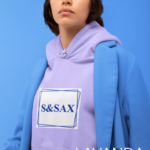 hoodie-mockup-of-a-serious-looking-woman-with-a-monochromatic-outfit-32829 (5)